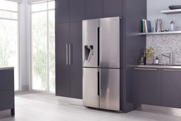 fridge04524F05-61FB-1DAA-440F-33A6E4C0D109.jpg